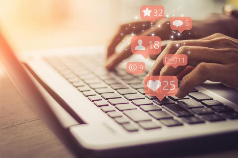 gli obblighi del social media manager